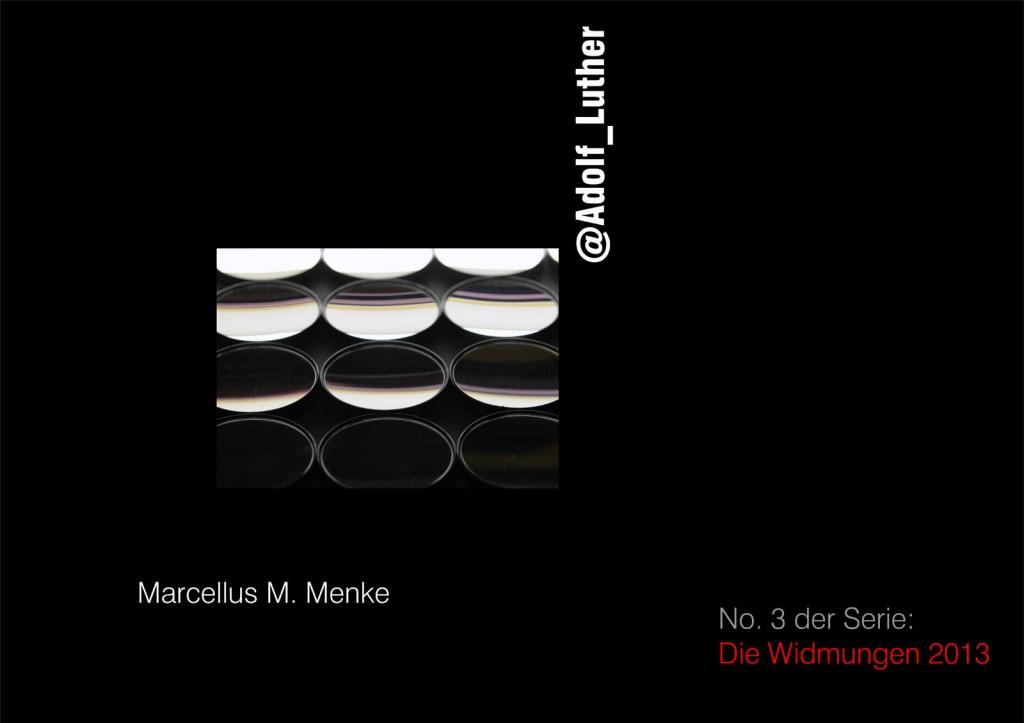 """Marcellus M. Menke: Fünfundzwanzig Hohlspiegel für Adolf Luther, Holz, Gouache, Holspiegel, Gelsenkirchen-Buer und Köln a. Rhein 2013, Detail. Seite 1 des ScreenBOOKs """"@Adolf_Luther"""", Köln 2013."""