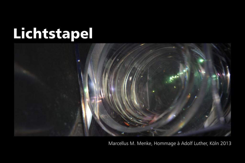 Marcellus M. Menke: Lichtstapel. Elf Variationen eines Themas. Variation 7. Ausbelichtete Digitalphotographien, 20 x 30, signiert und nummeriert, Köln 2013