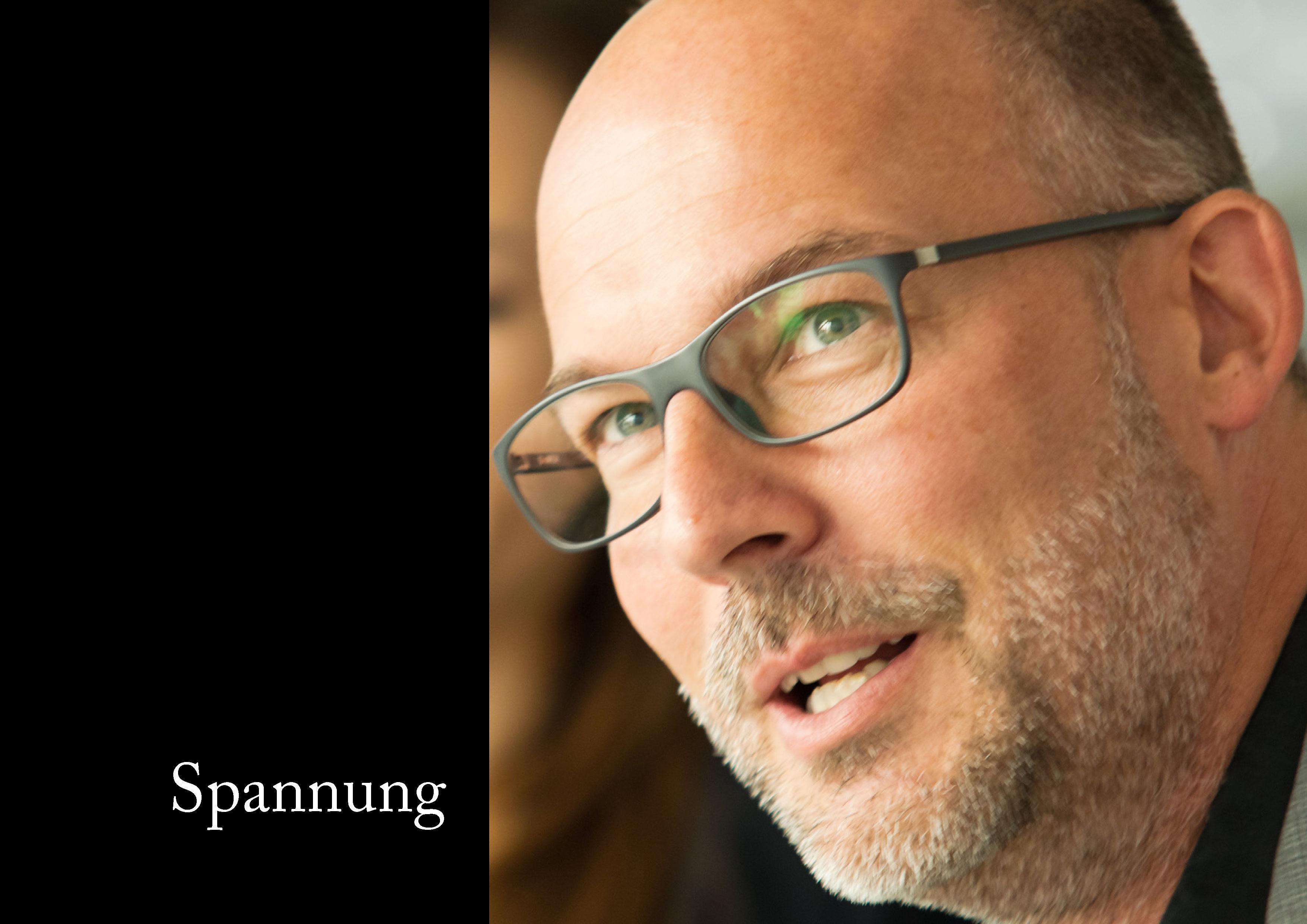 Marcellus M. Menke: Some Portraits of Tobias Wunsch, m4art screenBook, Hamburg und Köln 2016, Seite 3